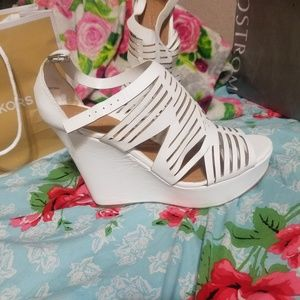 Charlotte Russe Shoes white wedge perfect mint